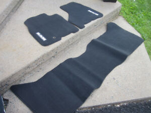 Dodge Ram 1500 Floor Mats 2012-18 - Carpeted, Black, 3-Piece NEW