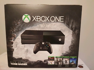 XBOX ONE barely used. 1TB Drive w/7 Games