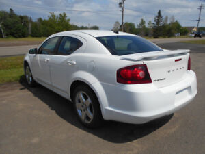 2012 Dodge Avenger in very good condition