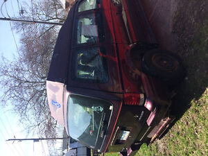 1995 Dodge Caravan handicap rear entery Minivan, Van