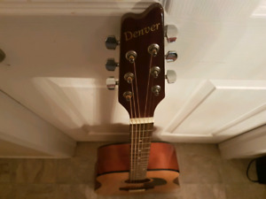 Beautiful Acoustic Guitar with Bag
