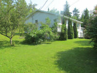 Sweet split entry with garage in French Village only $149,900!
