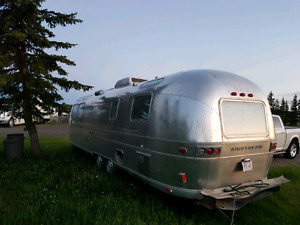 1973 31ft.Airstream Landyact with all manuals.