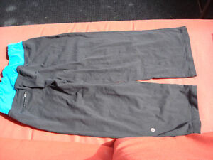 2 pairs of LULULEMON pants London Ontario image 3