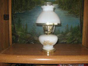 collection of 20 old table lamps
