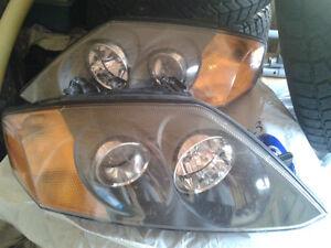 2 Phare Hyundai tiburon2003 bonne condition original