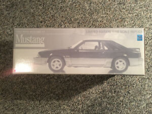 GMP 1992 Mustang GT 1/18