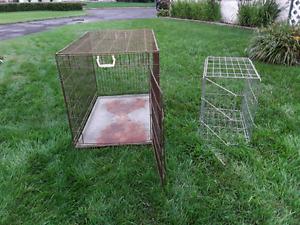 Cage pour chien à vendre  une a 40.00 et une a 20.00