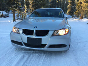 BMW 323 in exceptional condition for sale