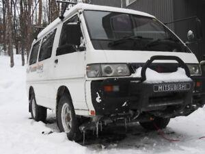 MITSUBISHI DELICA, Turbo diesel 4x4