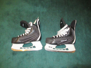 Ice Skates for kid 5-7 years ; size 2