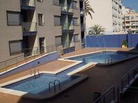 FOR SALE. 3 bedrooms flat, 2 bathrooms, second line beach in sunny Torrevieja, Spain