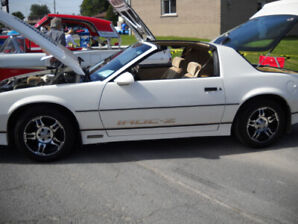 1984 Camaro Z28 sport coupe( REDUCED)