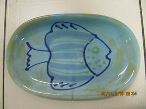 "Classic Sara Hand Painted ""Fish Design"" Hand Made In Italy Plate"