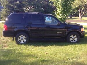 2002 Ford Explorer Limited. Donating money to charity