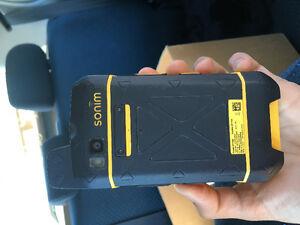 Tough Sonim xp7 cell phone
