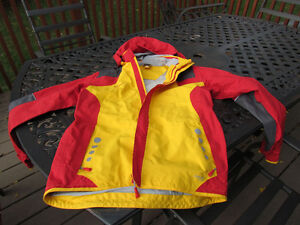 Exclusive Brand Jacket by VAUDE, size 14 unisex-like new