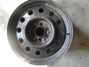 20 inch 6 bolt rim for spare used