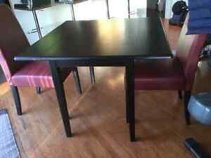 Like new, Condo size folding dining table and 4 chairs