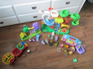LITTLE PEOPLE SETS AND ACCESSORIES!!! Kawartha Lakes Peterborough Area image 1