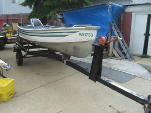 NICE LITTLE FISHING PACKAGE---BOAT--MOTOR---TRAILER