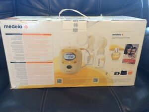 Medela Freestyle Breastpump - with BPA-Free Bottles Strathcona County Edmonton Area image 1