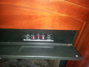 Twin Star 33E05 Electric Fireplace Heater TV Stand West Island Greater Montréal image 4