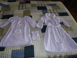 Girls Barbie Nightgown w/matching doll gown *NEW* & Robe