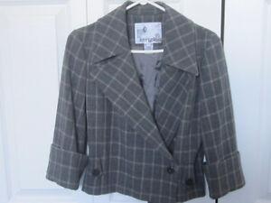 Designer Jacket by Kenzie - 3/4 slleve - Grey - Size 4 - New