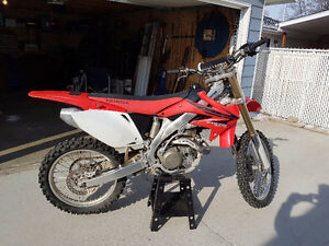2007 CRF450R for sale, low hours, nice condition