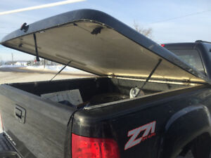 Leer hard top Tonneau cover