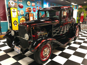 FORD HOT ROD 1932 Show Car