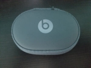 Apple Power Beats 2 Wireless