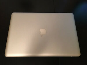 "15"" MacBook Pro - Early 2011 - 2 GHz Intel Core i7 - 4 GB memory"