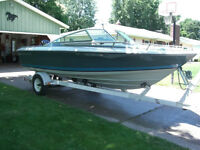 ****FOUR WINNS Boat for sale 21.5 feet long******with Trailer