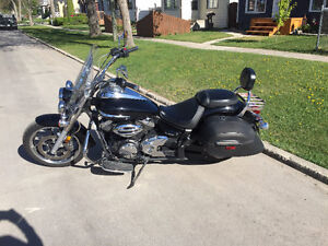 2010 Yamaha V Star 950 for sale. Great Condition