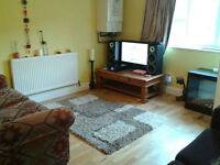 SPACIOUS 2 DOUBLE BEDDED FLAT TO RENT