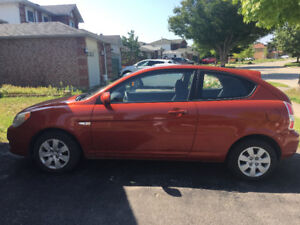 2010 Hyundai Accent for sale. Great condition, under 100000 kms