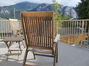 SHARING EXECUTIVE TOWNHOUSE-AVAILABLE NOW-DOWNTOWN SQUAMISH