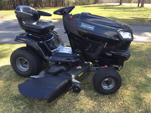 23Hp - 54 inch deck Craftsman Tractor mower, LIKE NEW