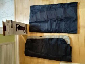 2X Sleeping pads and pump perfect for campers.
