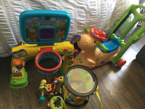 Jouets V-tech (cheval musical - station sport)