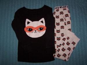 Lot 2 Pyjamas et 2 camisoles pour fillette  taille 4 ans