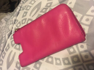 Fossil leather phone a case/wallet