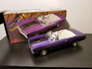 GMP Plymouth Road Runner 440 6 Pack Convertible 1/18 diecast