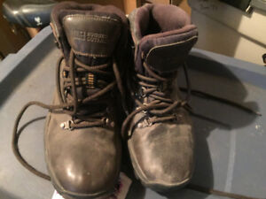 Rugged Outback Waterproof Boots