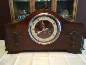 Mantle Clock - 8 Day Striking mantle clock