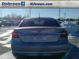 2013 Chrysler 200 LX   Bluetooth, Heated Sideview Mirrors, USB P London Ontario image 6