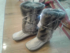 Brand new, womens shoes size 39