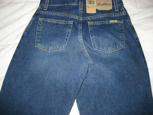 Womens' Levis' jeans - $30, size 6, relaxed fit